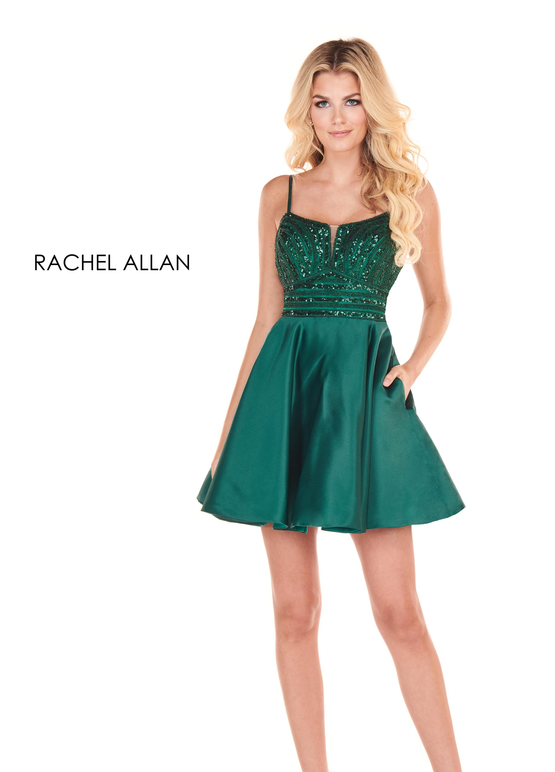 Scoop Neck A-Line Homecoming Dresses in Green Color