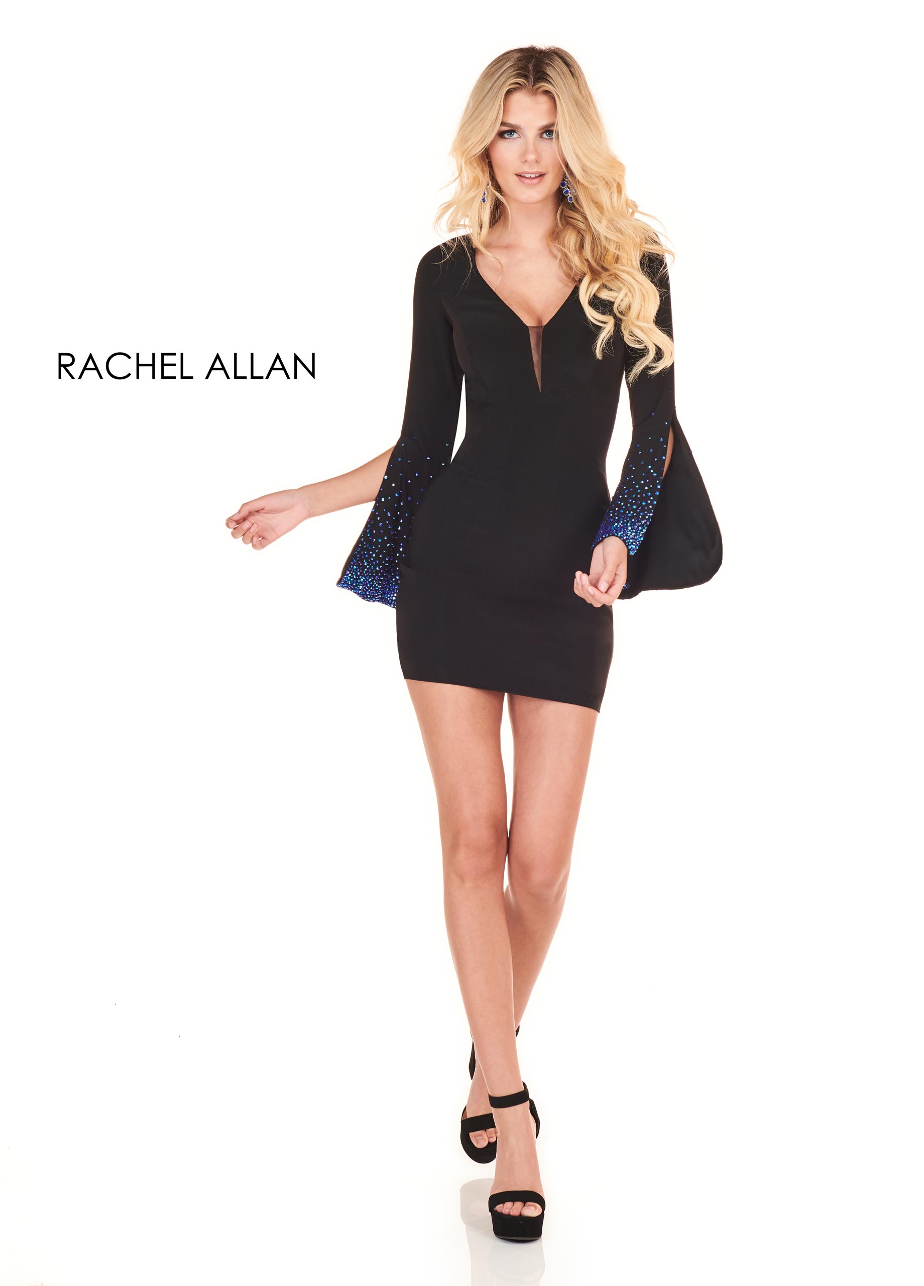 V-Neck Fitted Mini Homecoming Dresses in Black Color