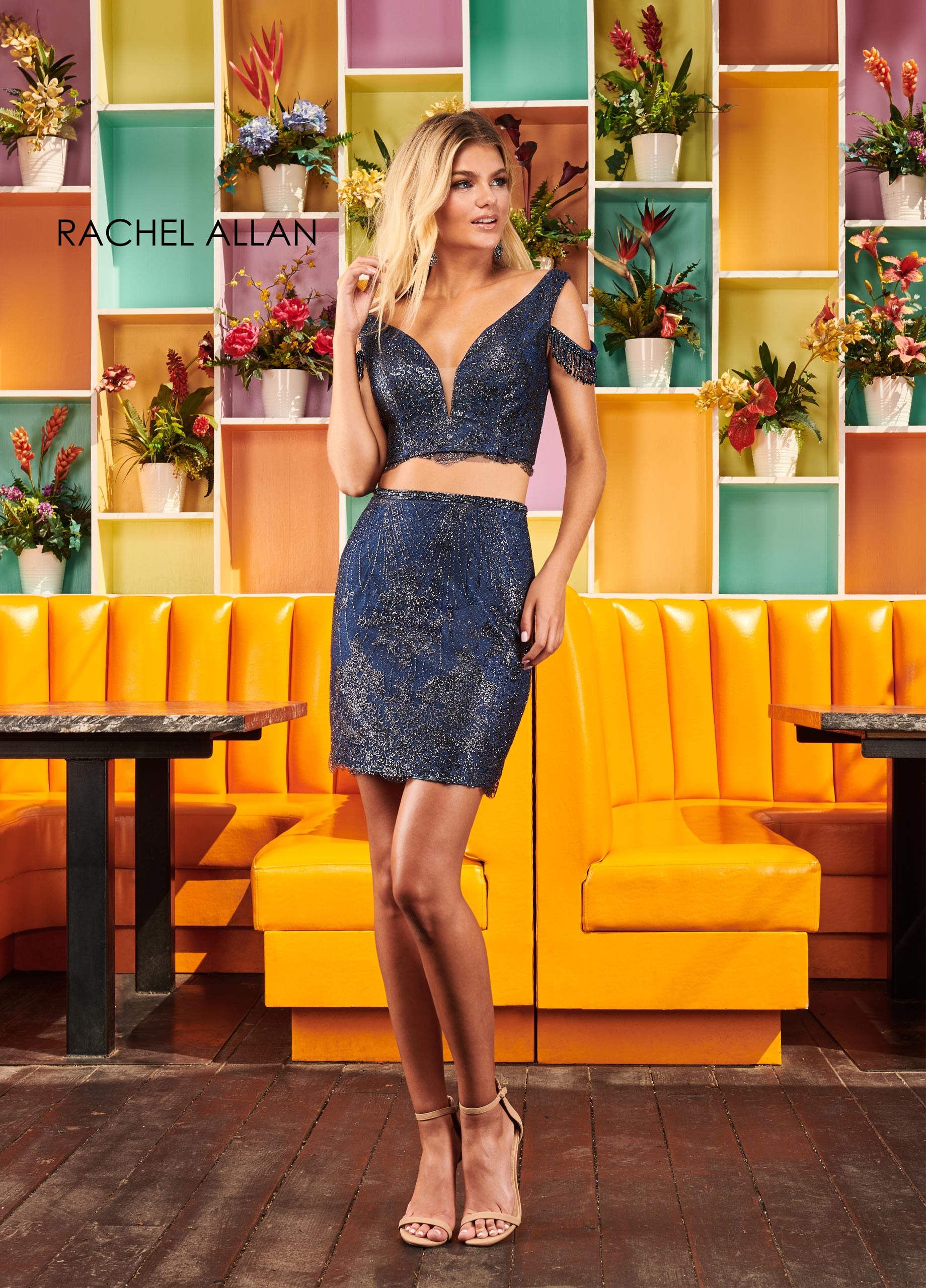 V-Neck Two-Piece Homecoming Dresses in Navy Color