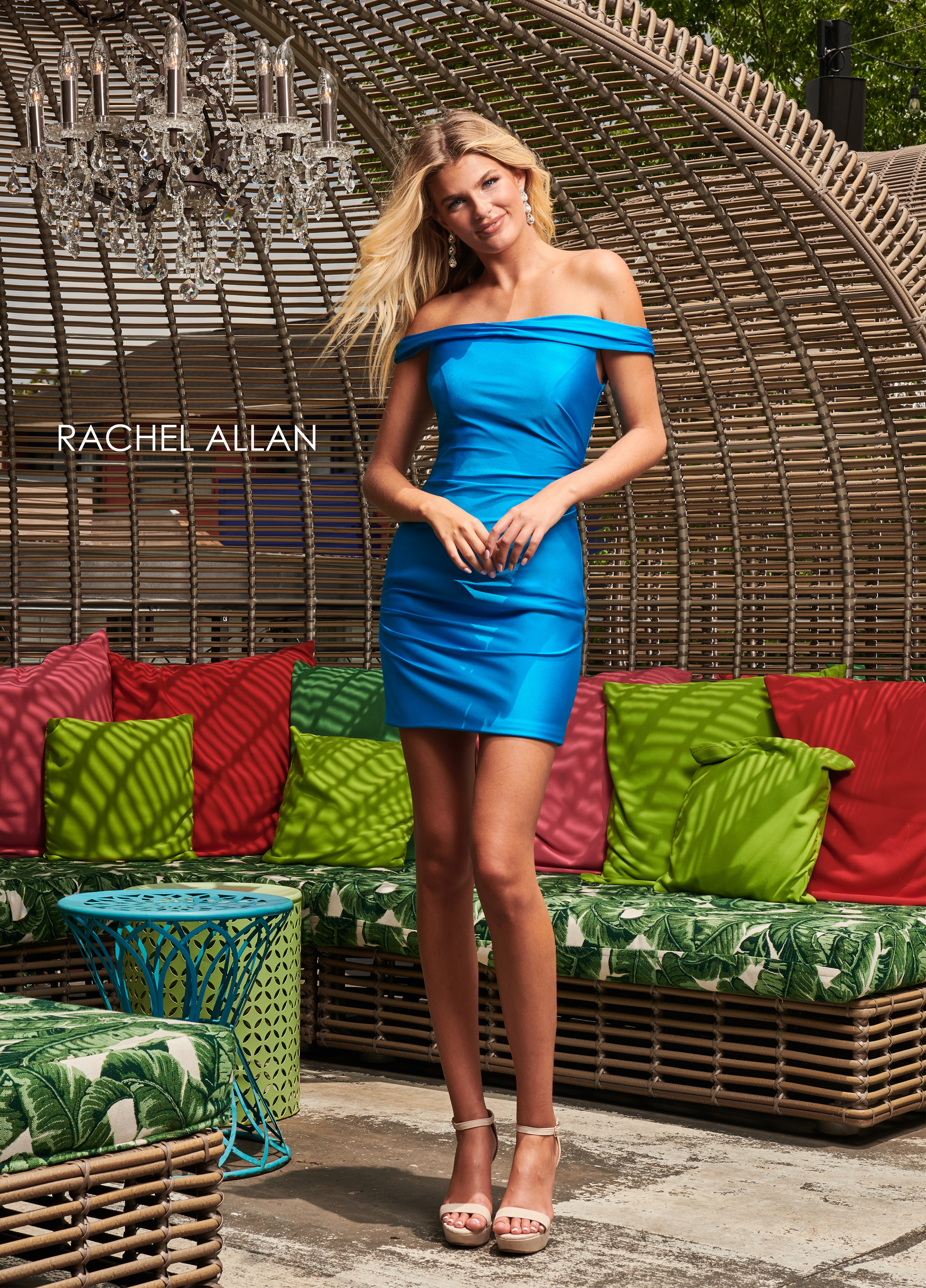 Off The Shoulder Fitted Mini Homecoming Dresses in Blue Color