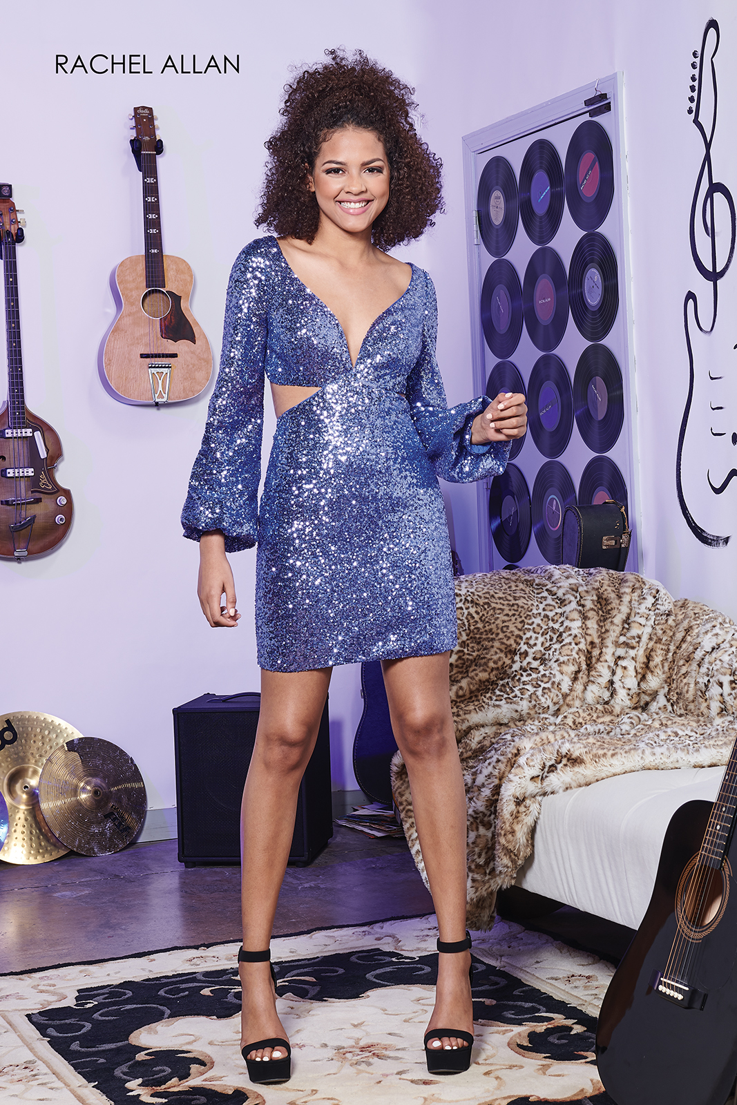 V-Neck Fitted Mini Homecoming Dresses in Royal Color
