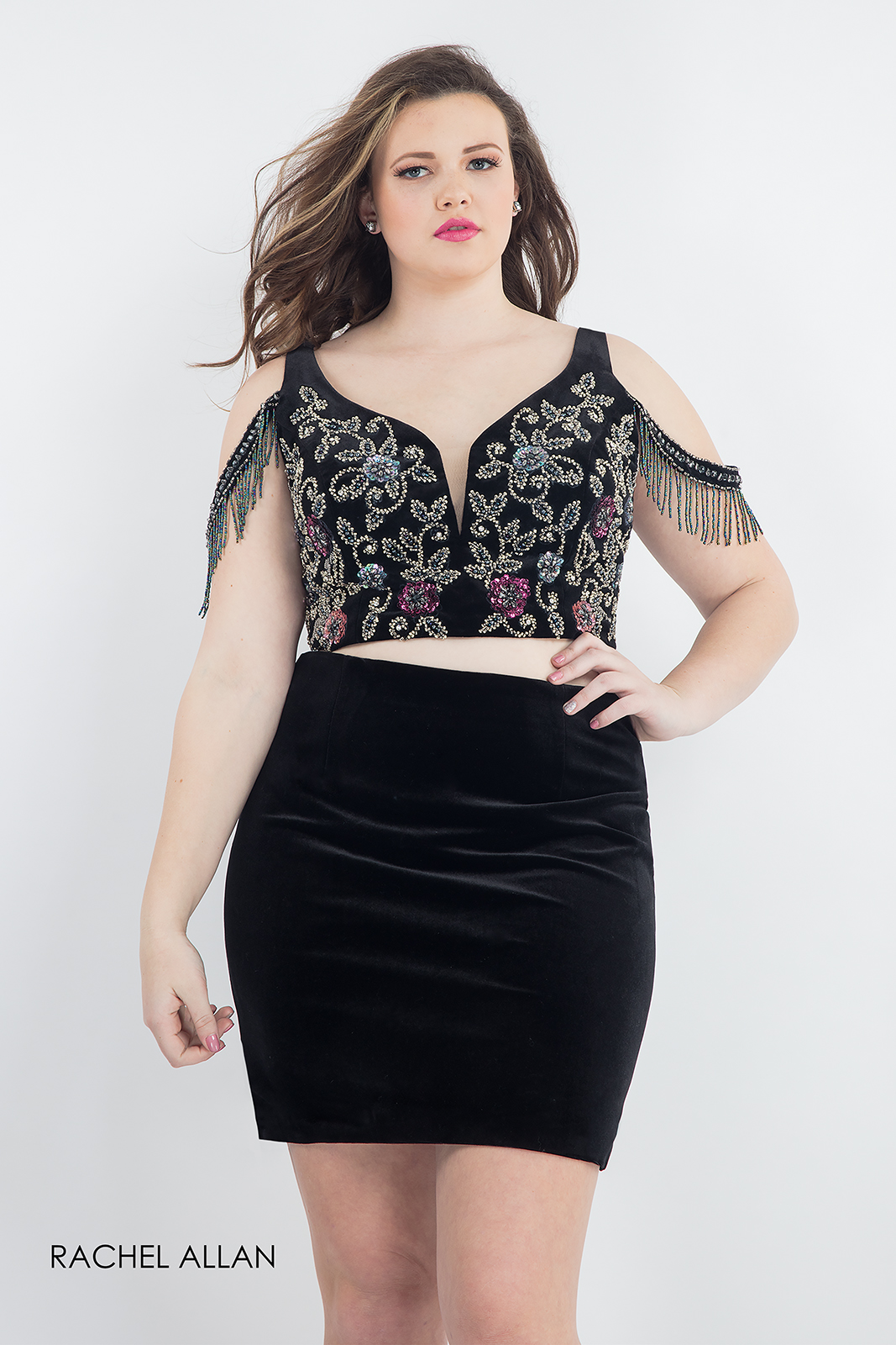Open Shoulder Fitted Mini Homecoming Curves in Black Color