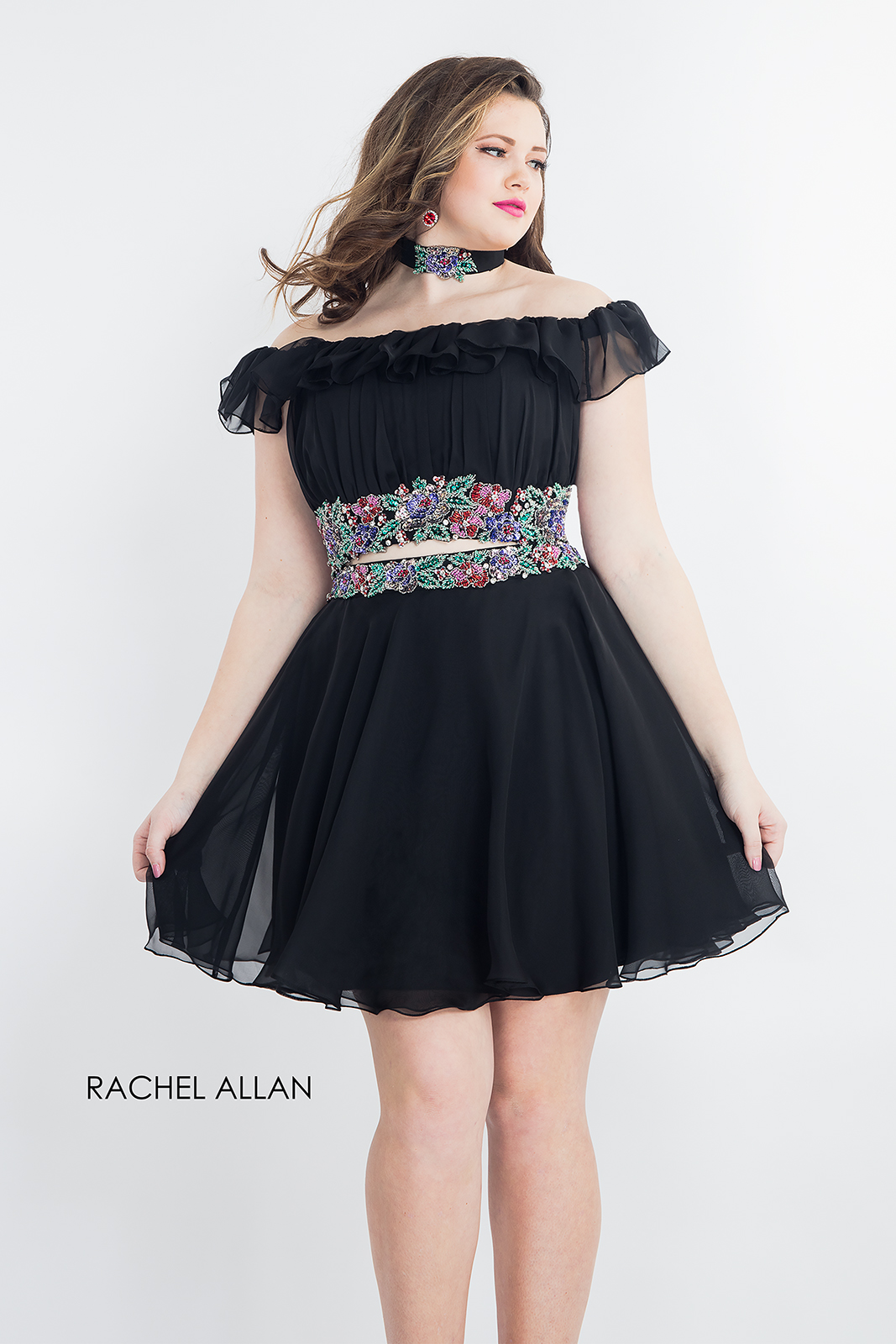 Choker Fit & Flare Homecoming Curves in Black Color
