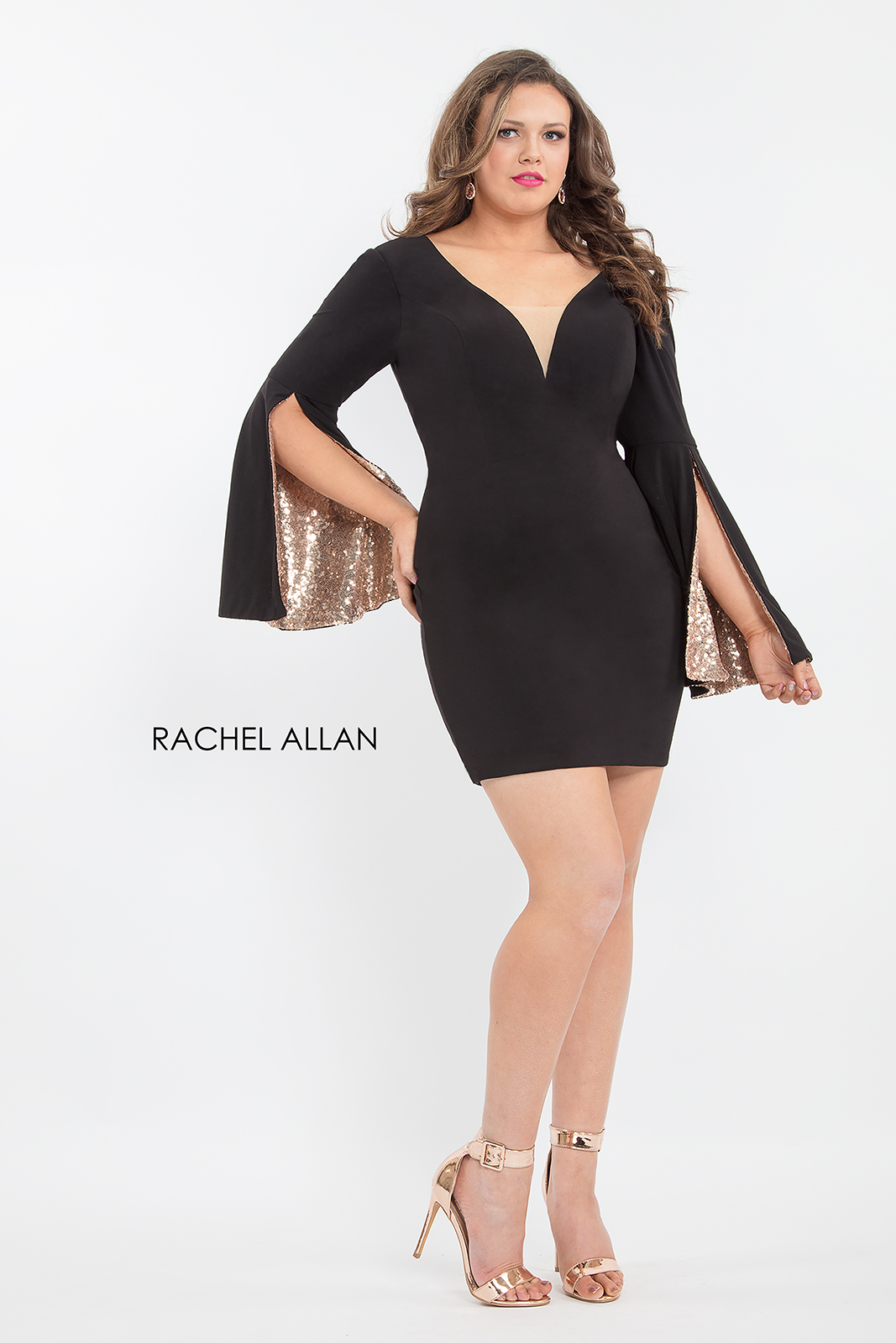 V-Neck Fitted Mini Homecoming Curves in Black Color