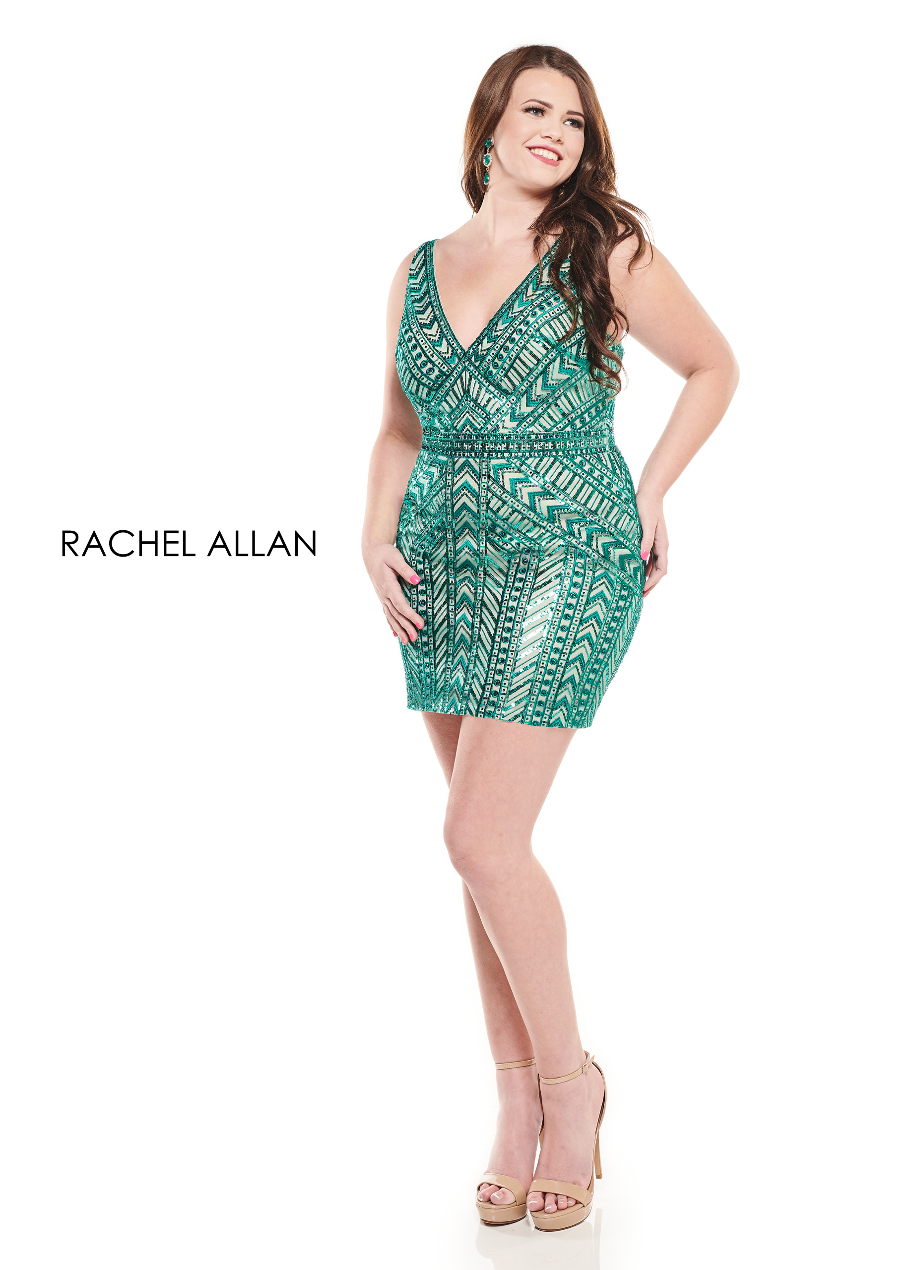 V-Neck Fitted Mini Homecoming Curves in Green Color