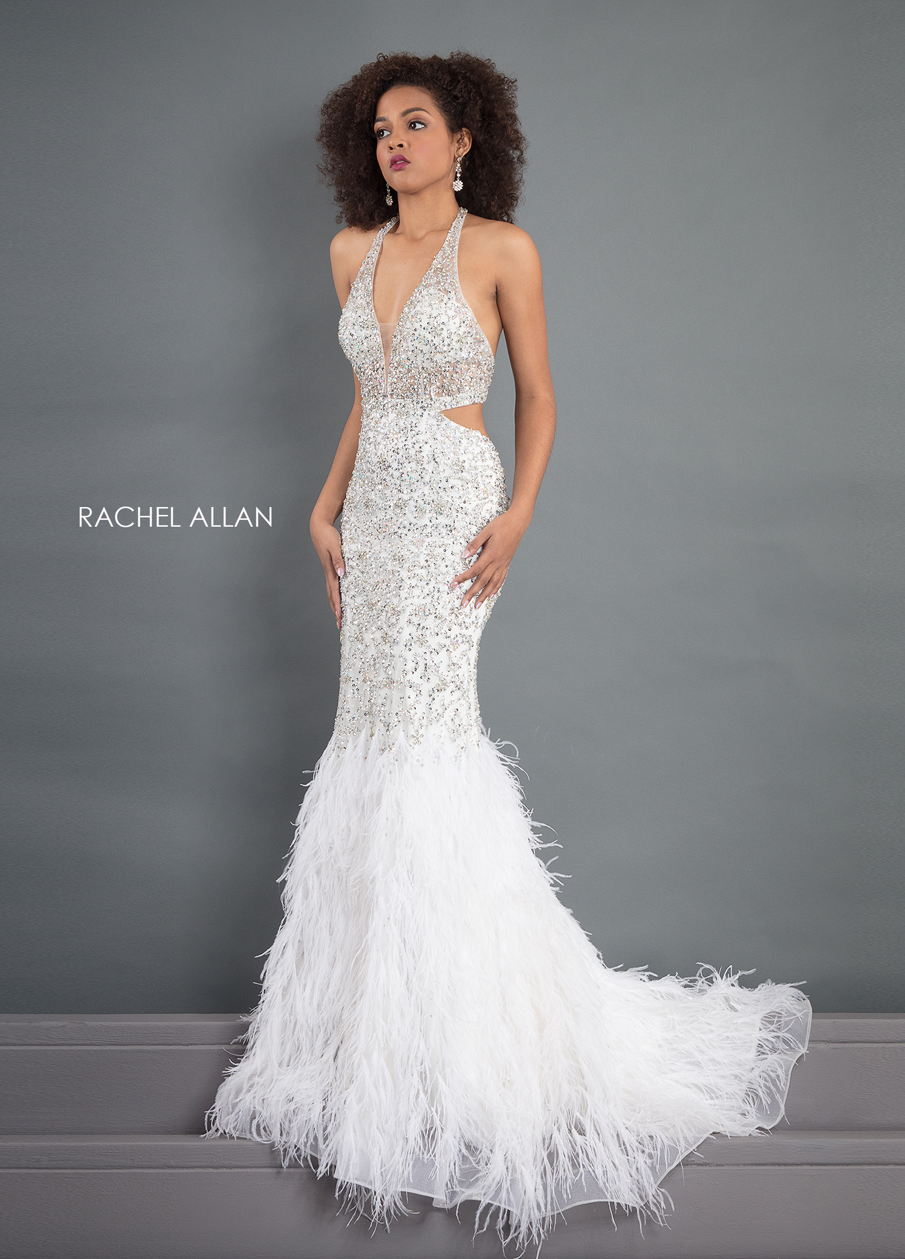 V-Neck Mermaid Pageant Dresses in White Color