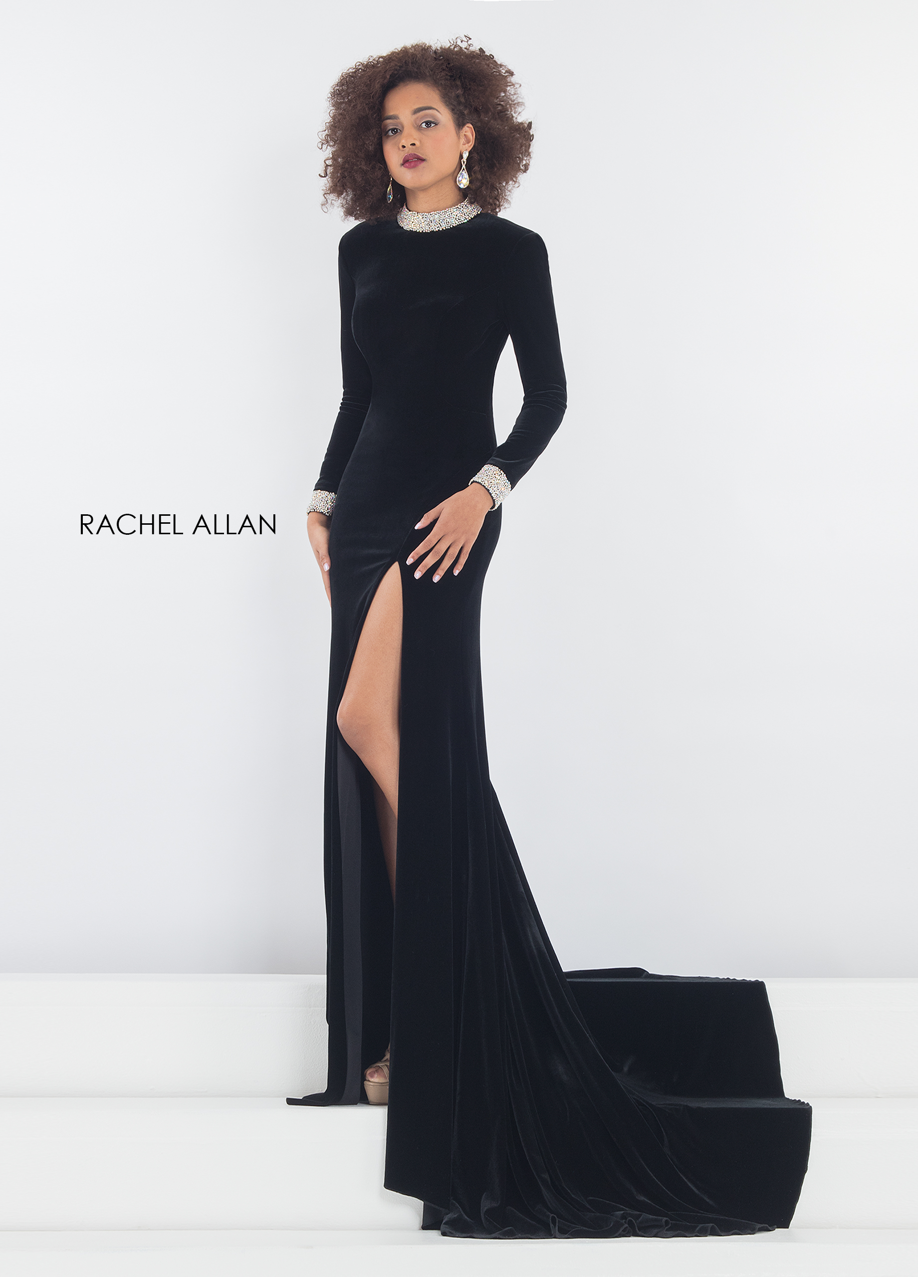 Choker Fitted Long Pageant Dresses in Black Color