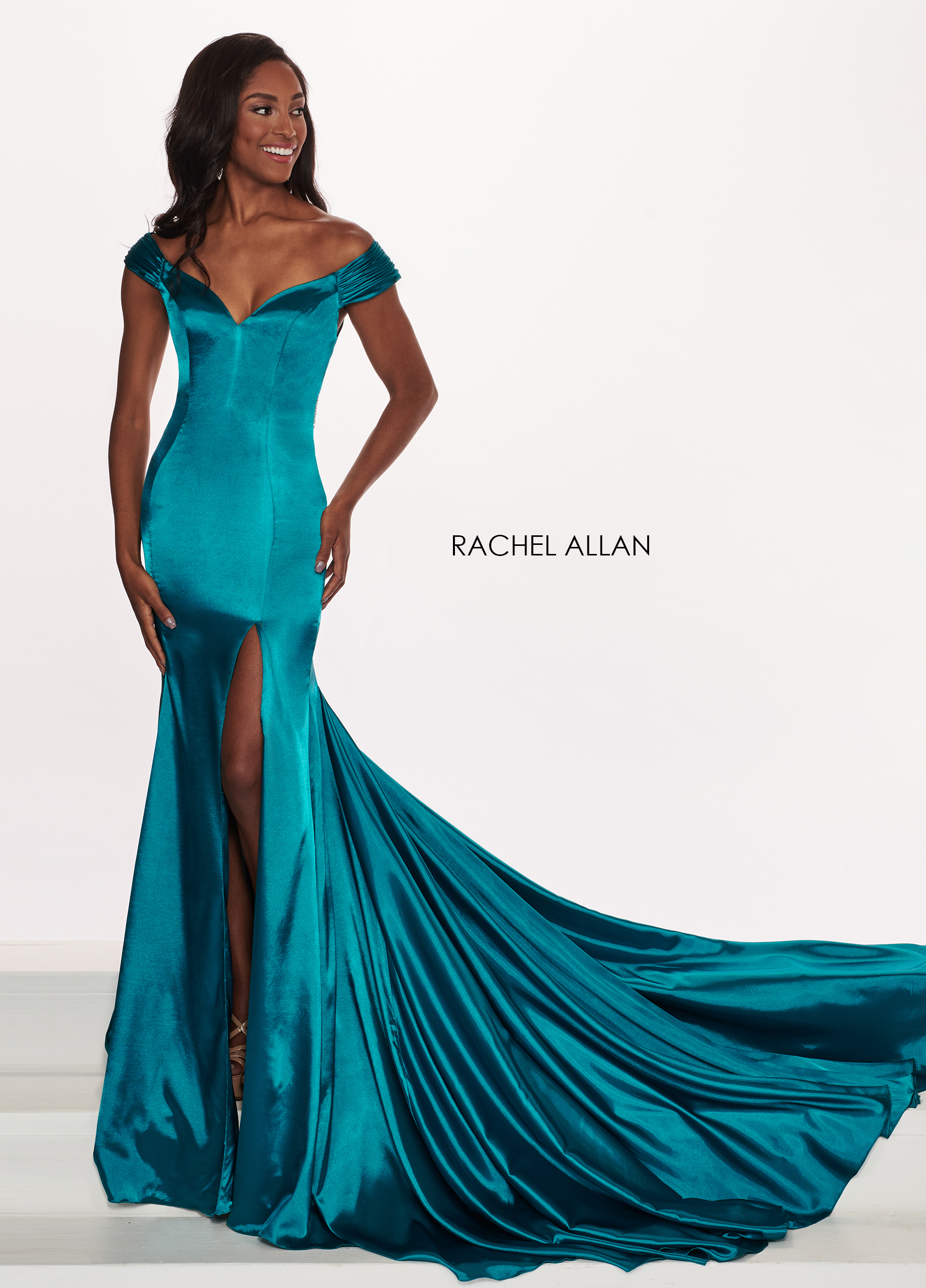 Off The Shoulder Mermaid Pageant Dresses in Emerald Color