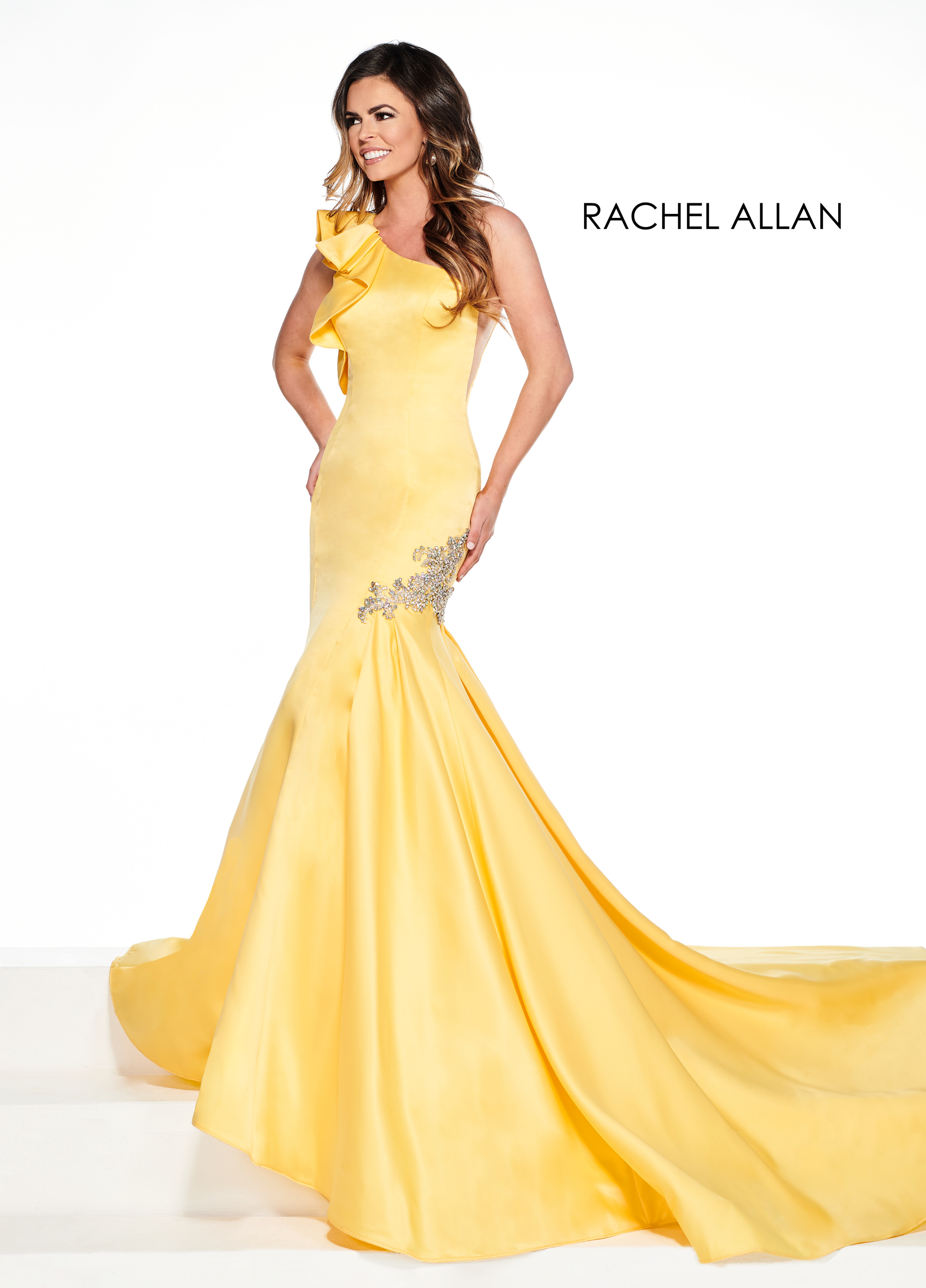 One Shoulder Mermaid Pageant Dresses in Yellow Color