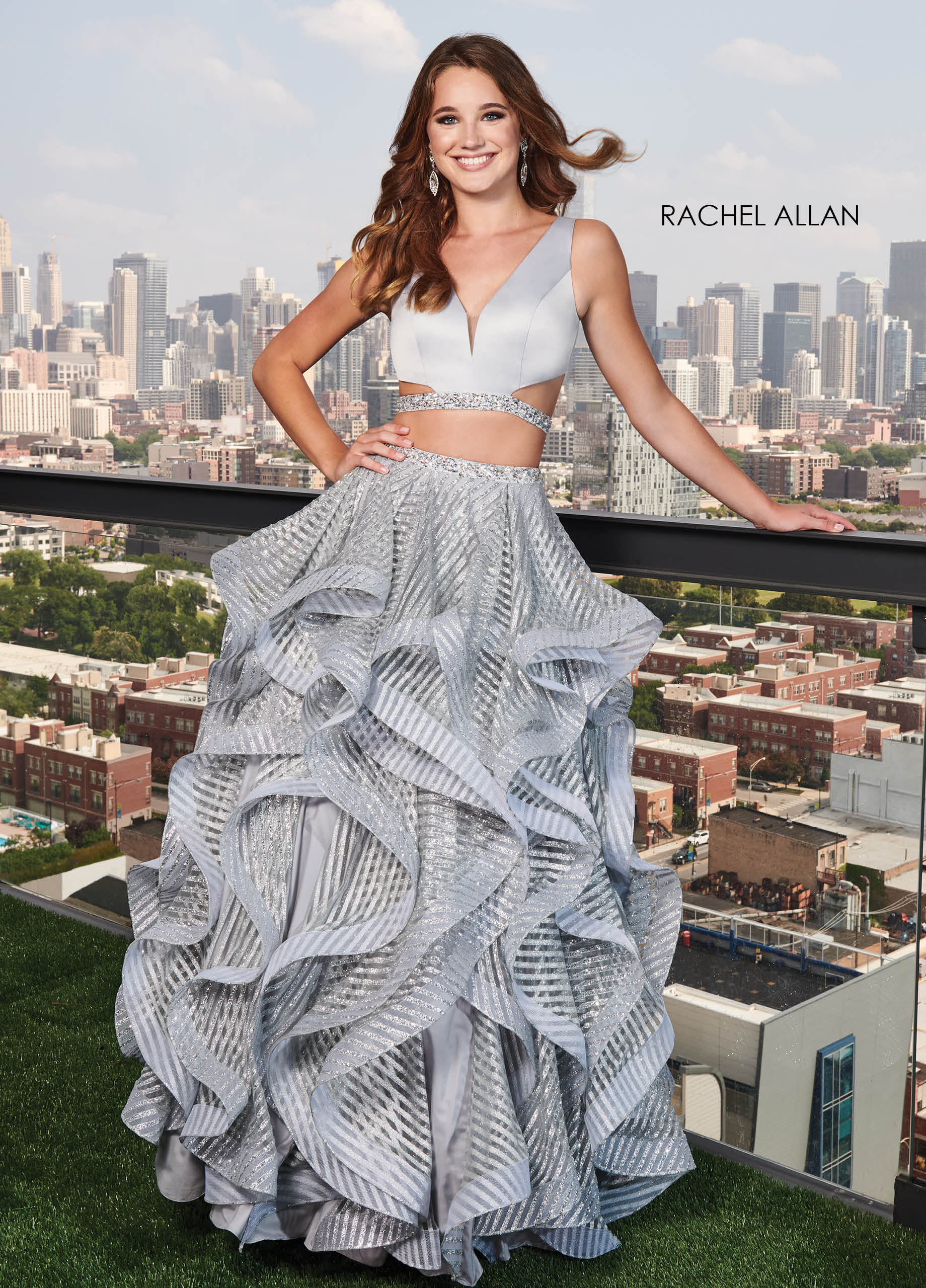 V-Neck Ball Gowns Prom Dresses in Silver/gunmetal Color