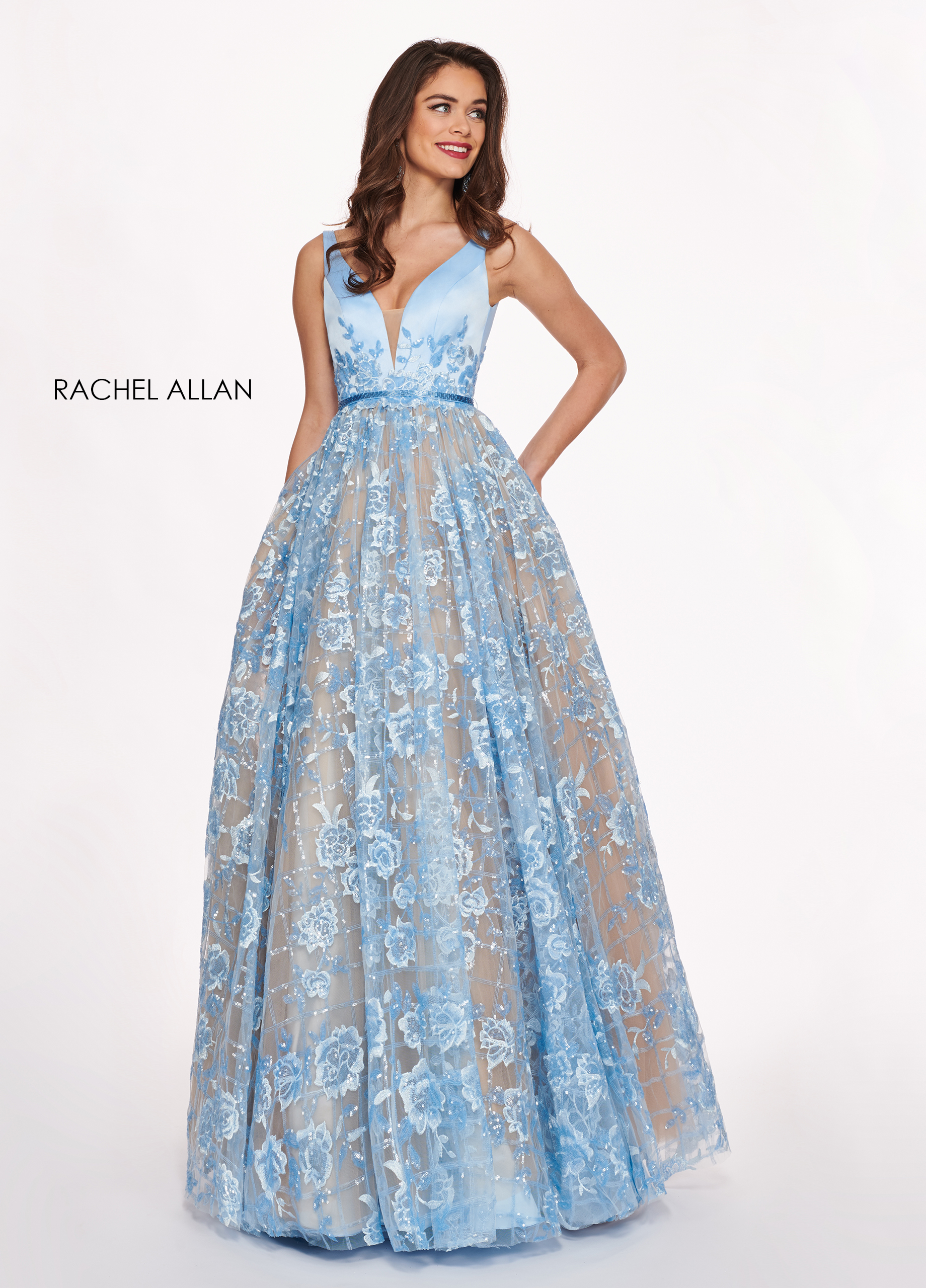 V-Neck Ball Gowns Prom Dresses in Blue Color