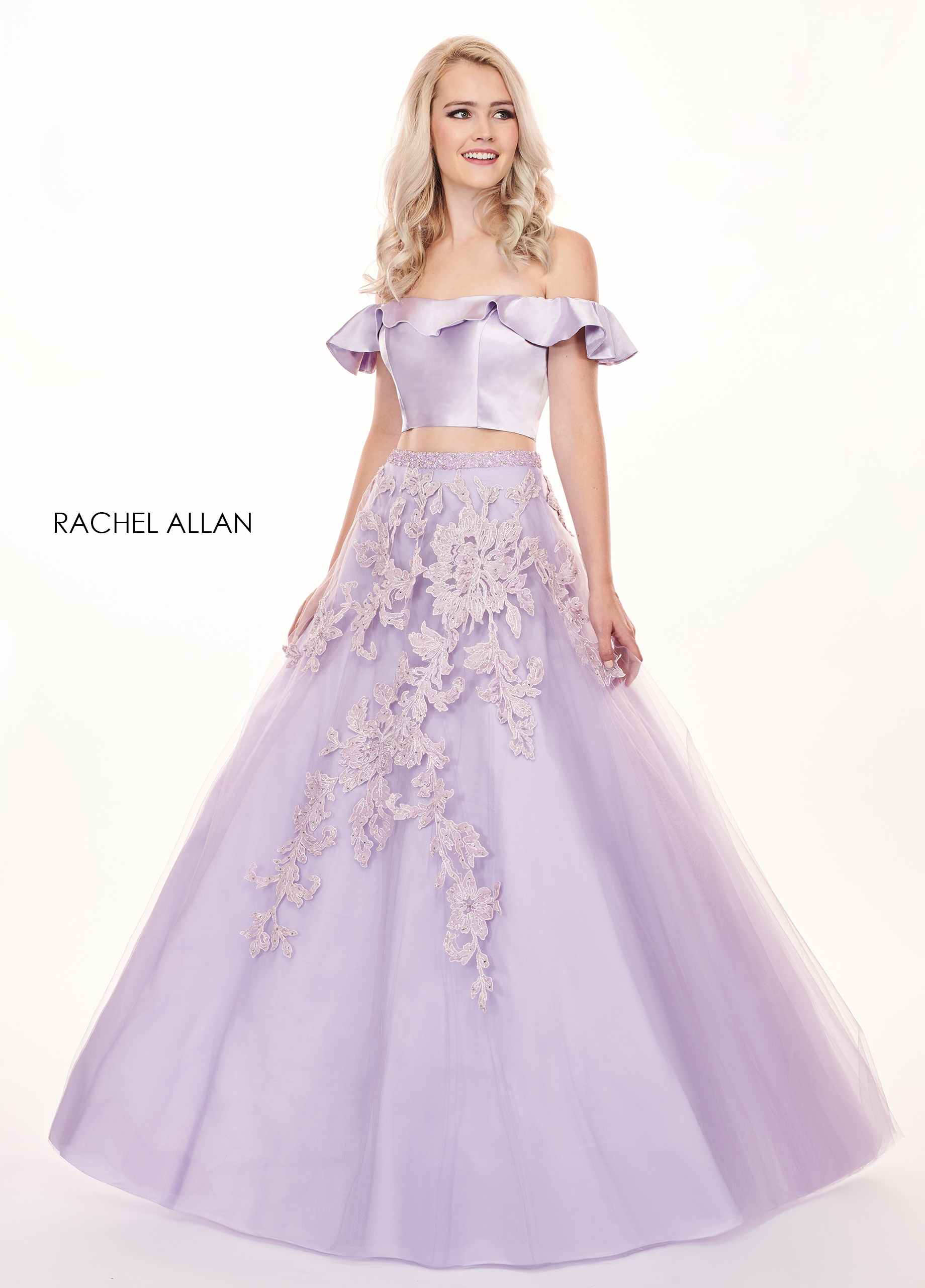 Off The Shoulder Ball Gowns Prom Dresses in Purple Color