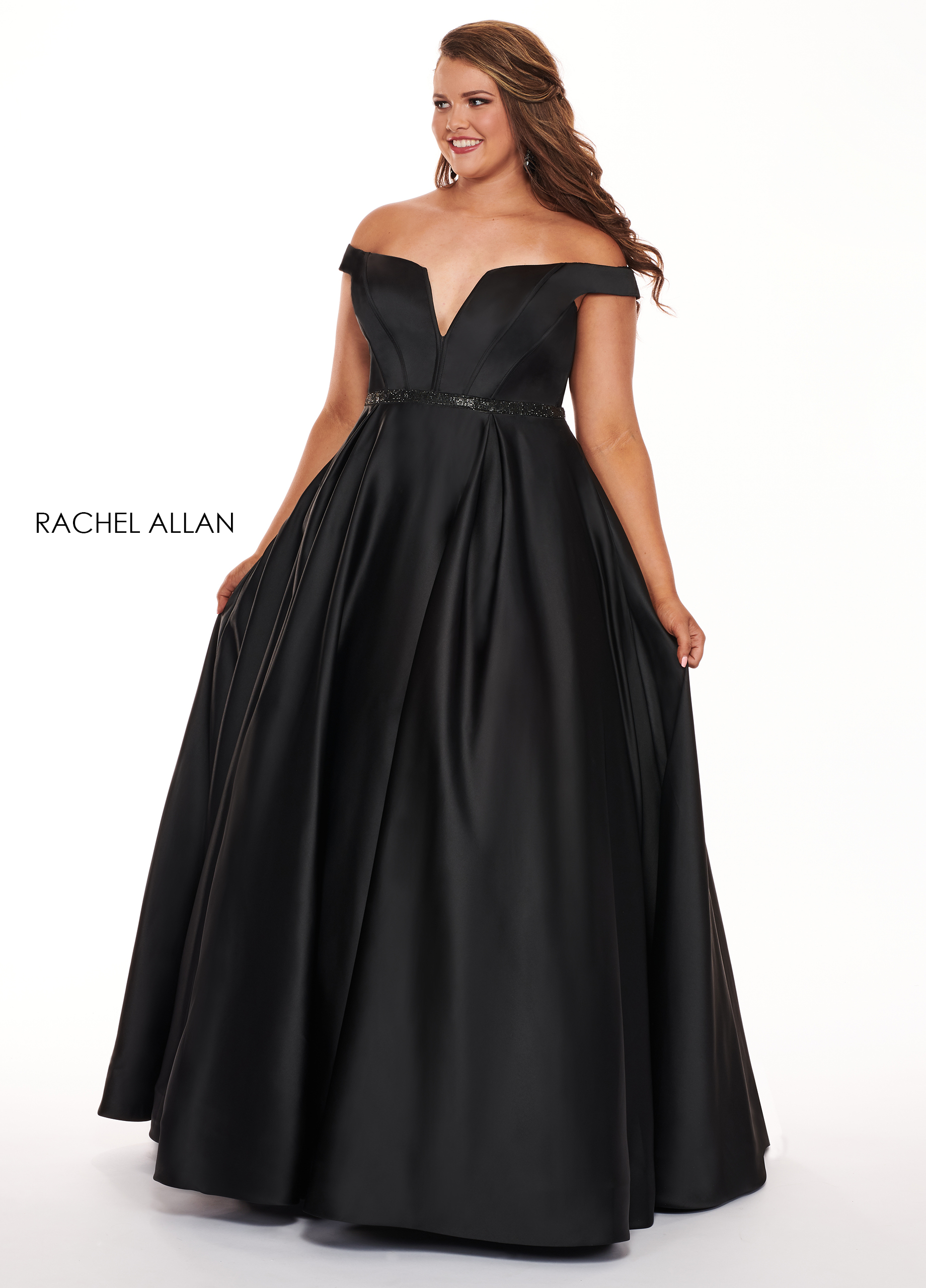 Off The Shoulder Ball Gowns Plus Size Dresses in Black Color