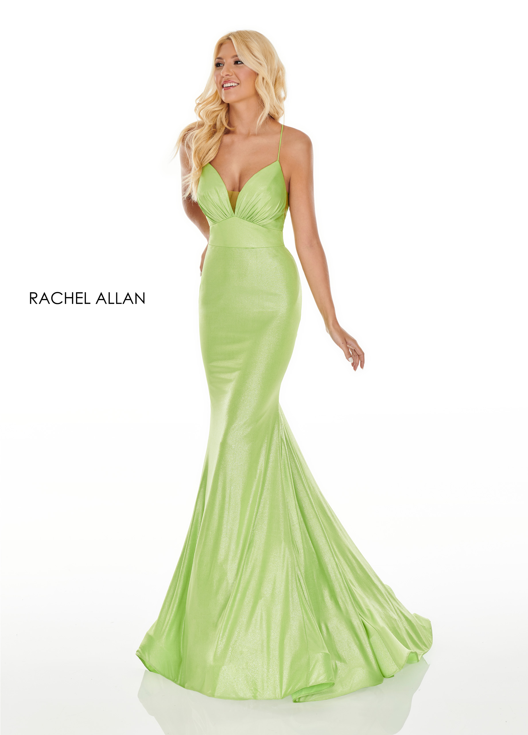 V-Neck Fitted Long Prom Dresses in Green Color