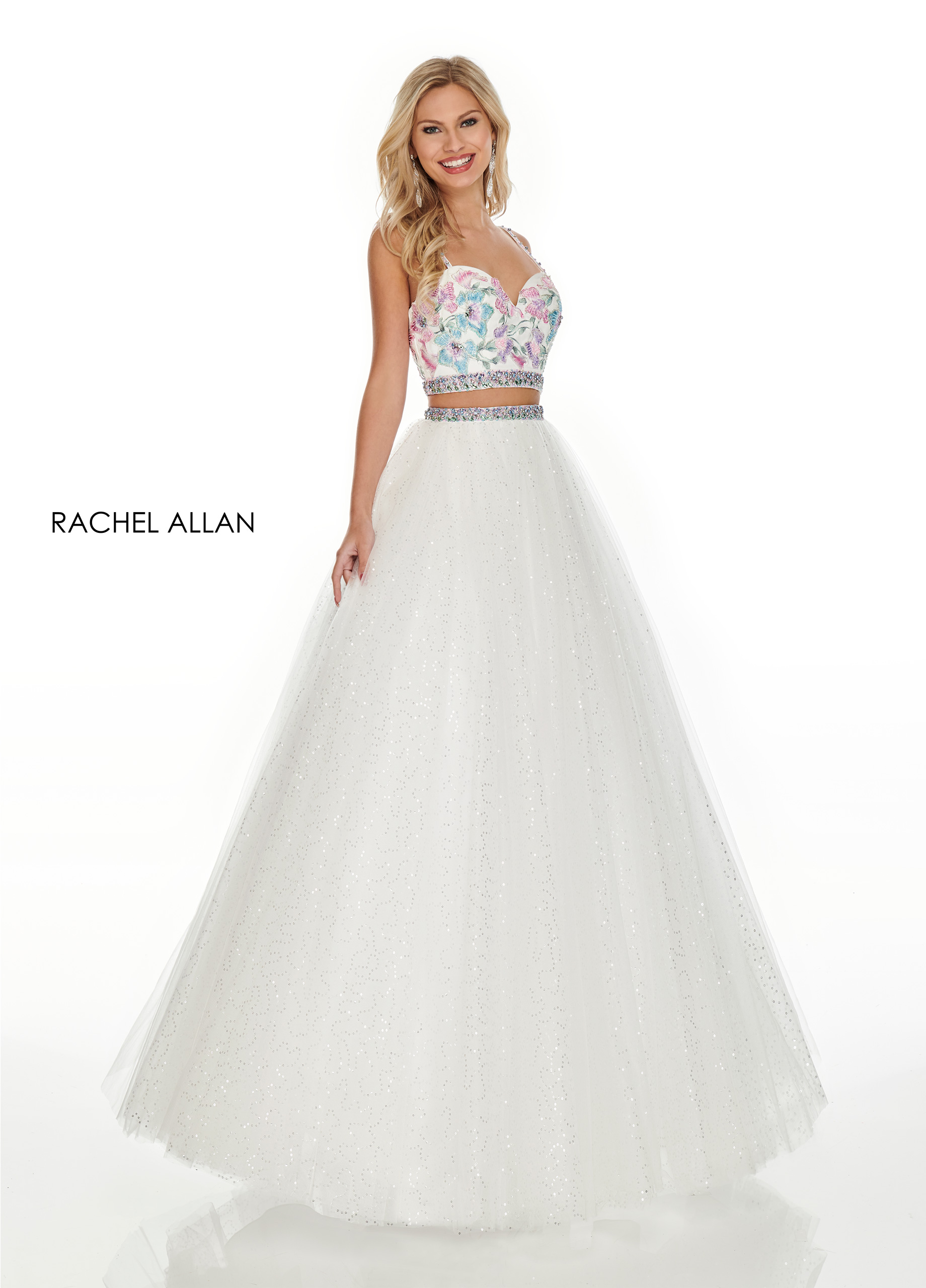 Sweetheart Two-Piece Prom Dresses in White Color