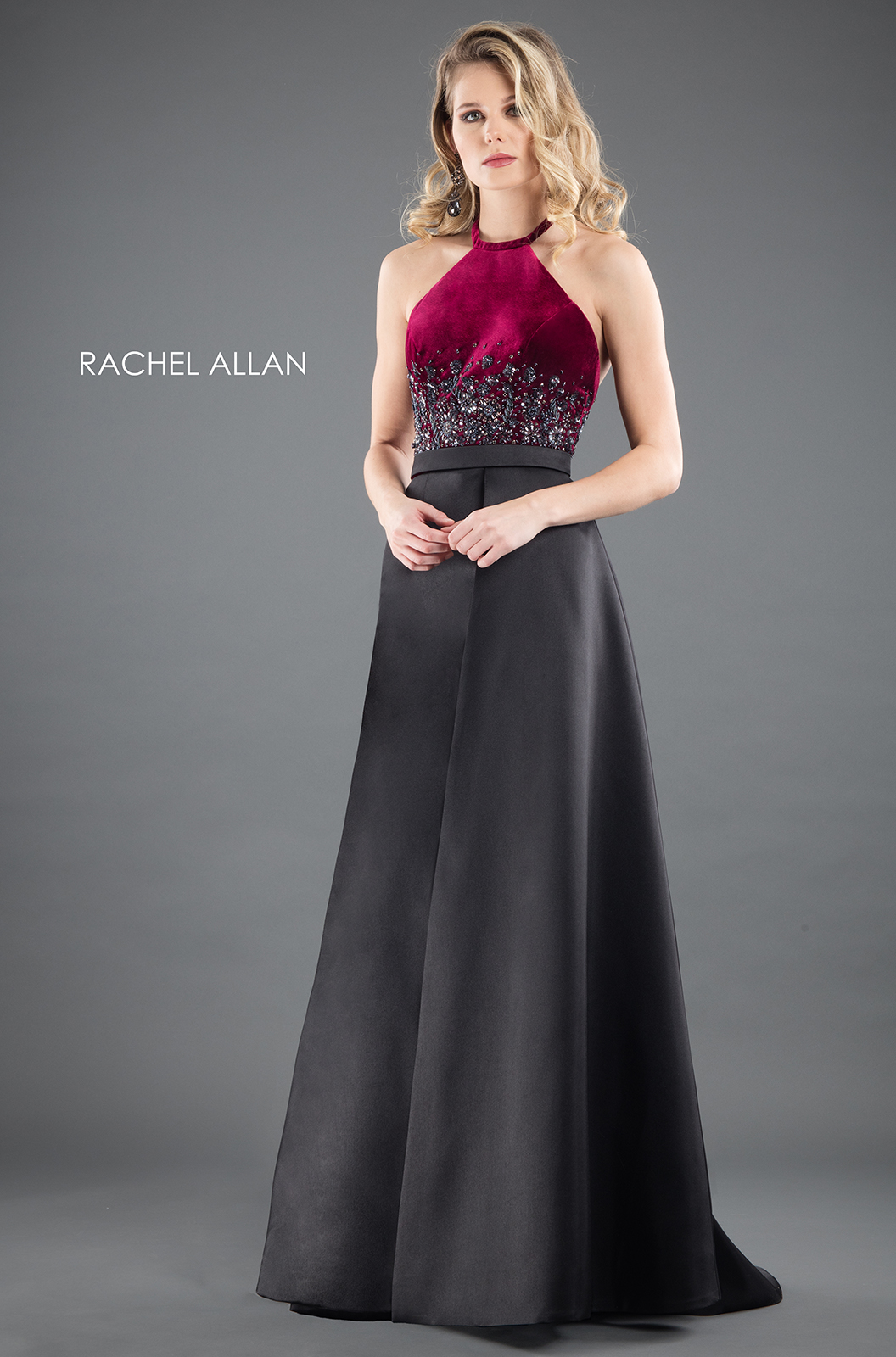 Choker Ball Gowns Couture Dresses in Red Color