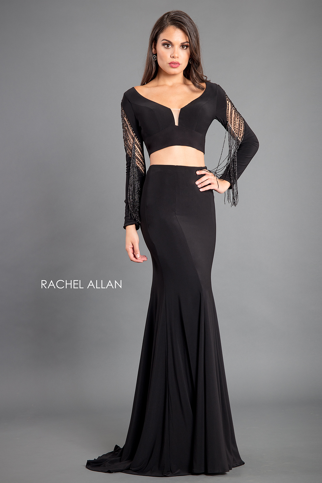 Scoop Neck Fitted Long Couture Dresses in Black Color