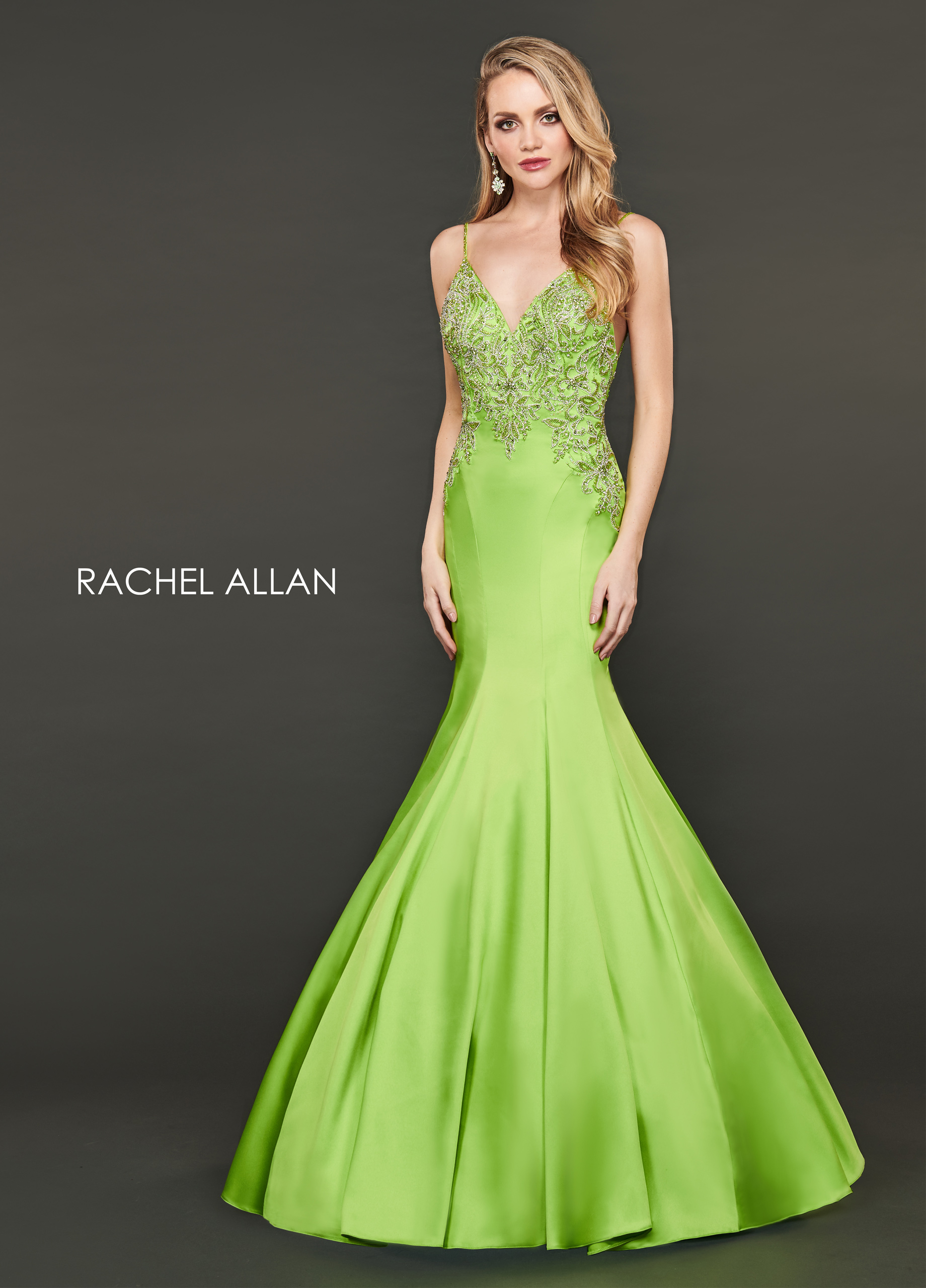 V-Neck Mermaid Couture Dresses in Green Color