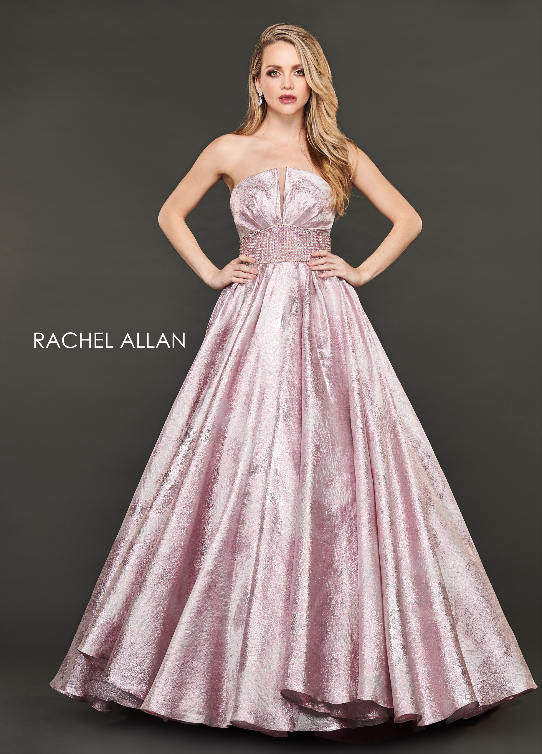 Strapless Ball Gowns Couture Dresses in Blush Color