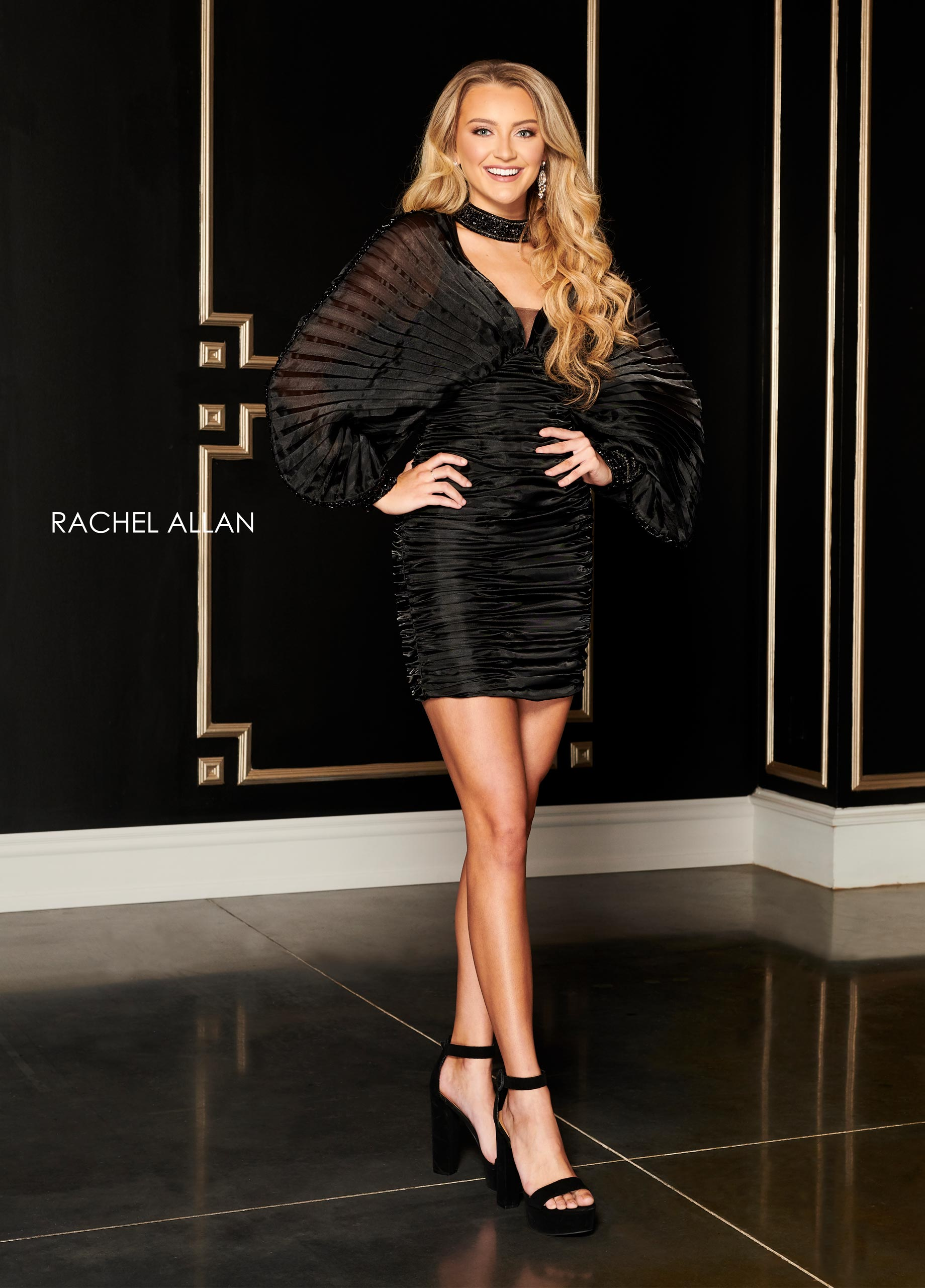 Choker Fitted Mini Cocktail Dresses in Black Color