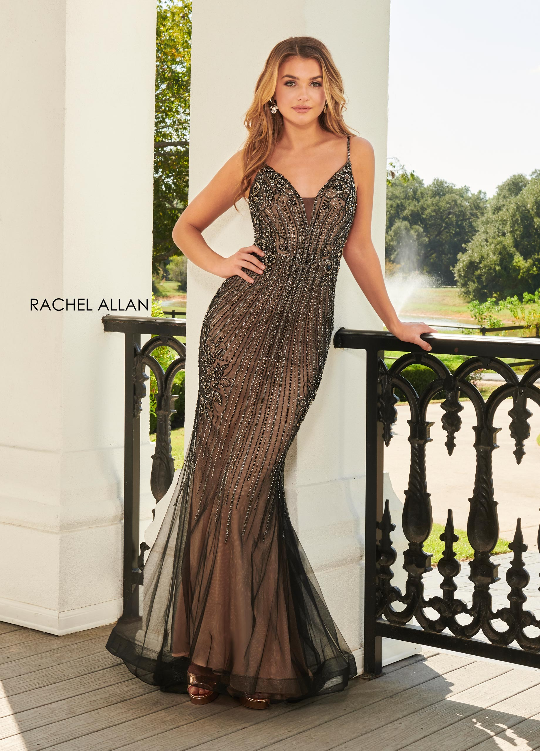 V-Neck Fit & Flare Prom Dresses in Black Color