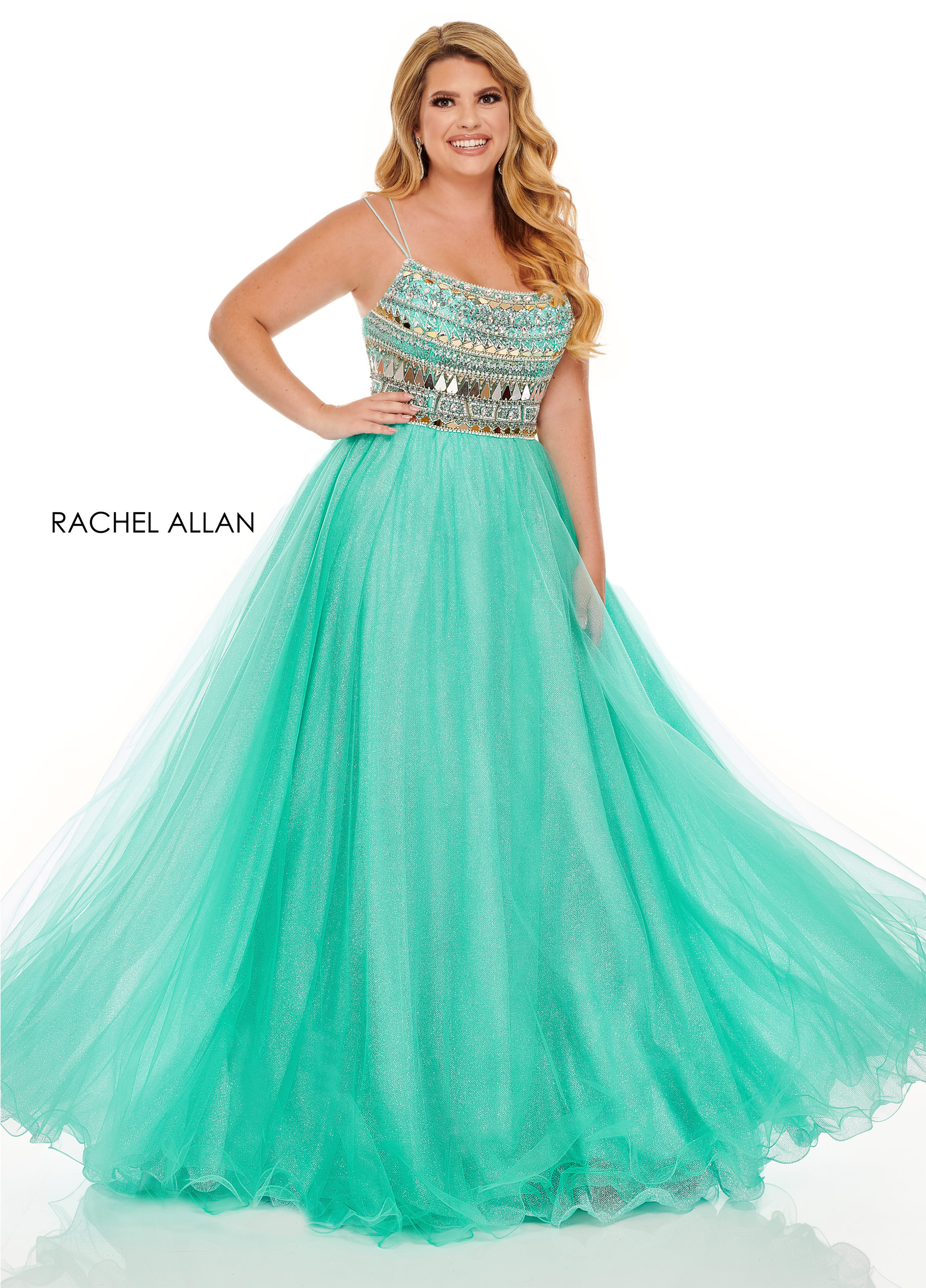 Scoop Neck A-Line Plus Size Dresses in Green Color
