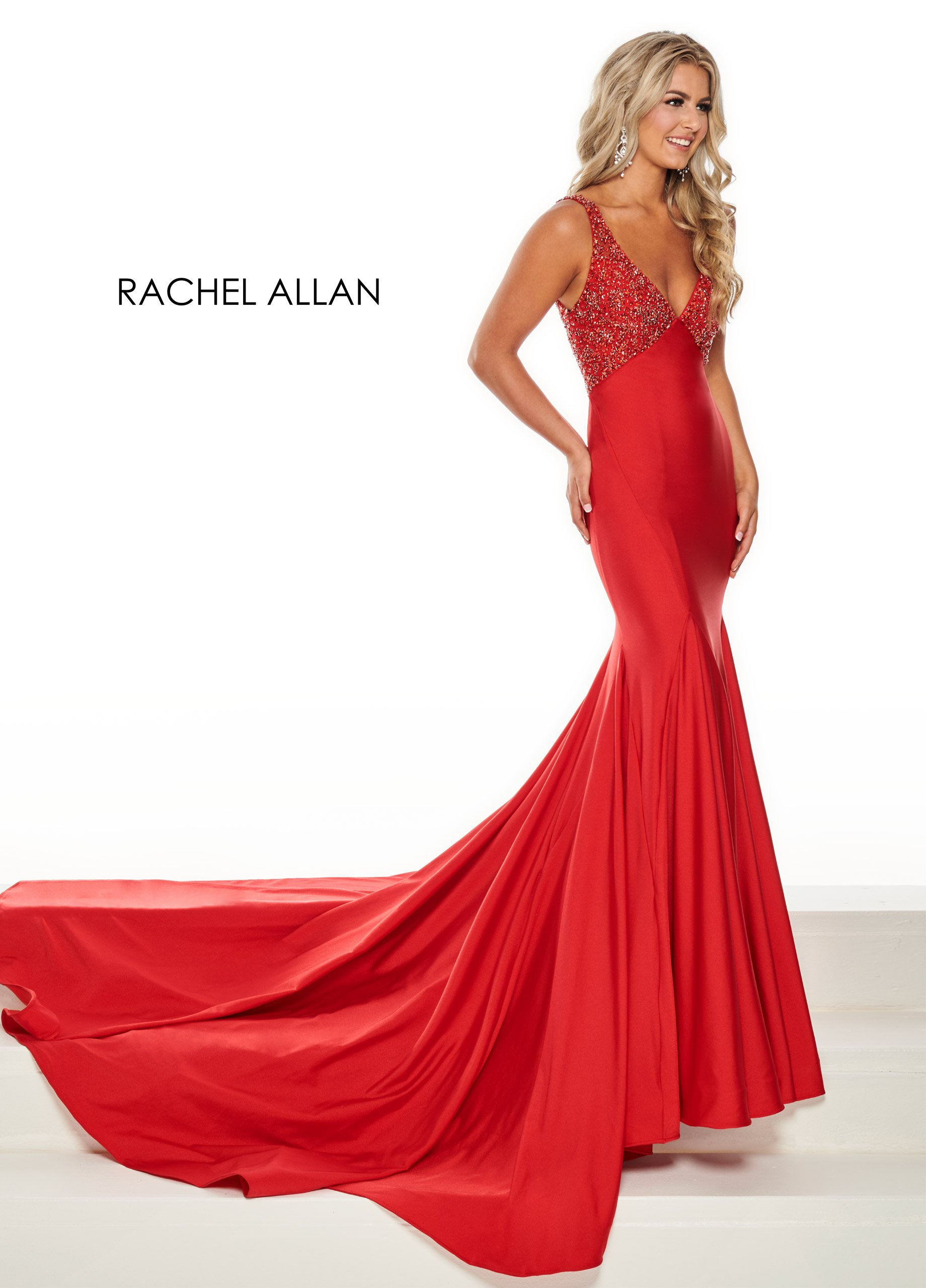 V-Neck Fitted Long Pageant Dresses in Red Color